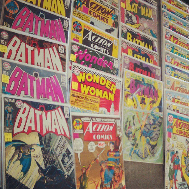 Comic books from the 1950's to 1970's by the Melrose entrance!! @MelroseTrdgPost #fleamarketfind #SundayFunday