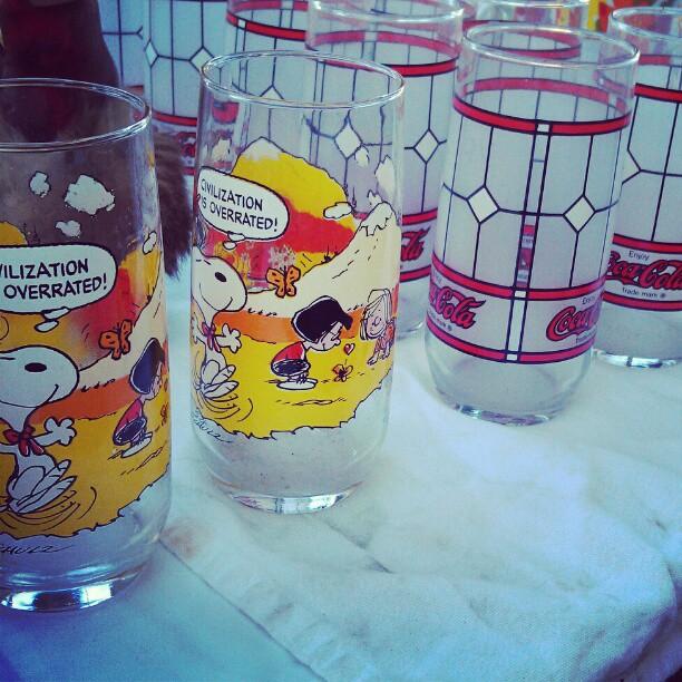 Charlie Brown and Coca Cola vintage glassware! In Y37! #fleamarket #glass #charliebrown #coke #cocacola #antique
