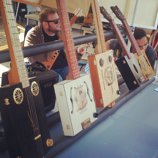 The vendors in B62 are jammin on their handmade electric cigar box guitars! What a great gift! #Melrosetradingpost #fleamarket #handmade #music #instrument #repurposed