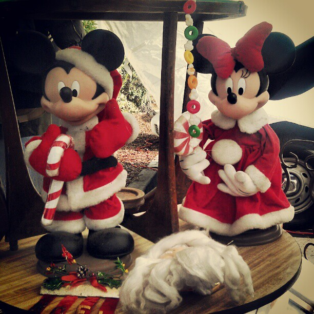 Retro Holiday Mickey and Minnie for you! #Christmas #Disney #fleamarket #Melrosetradingpost