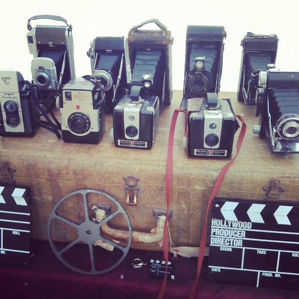 #vintagecameras Cool vintage cameras in Y27 today