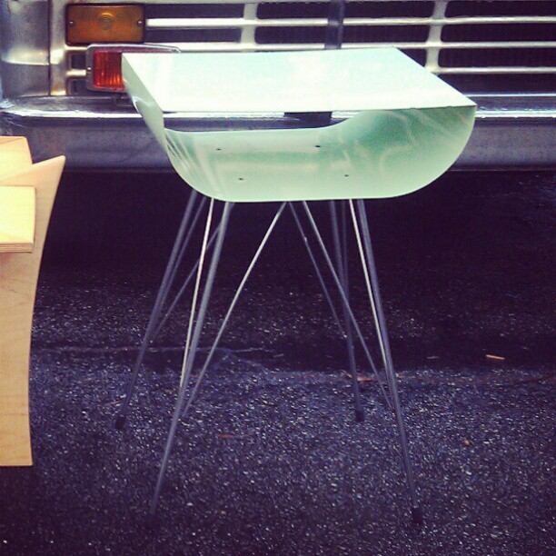 We are in love with this mint table!  #fleamarket #Melrosetradingpost #midcentury #furniture #LA #lastyle