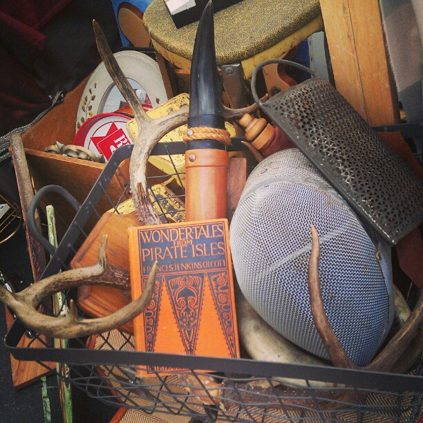 Y27 has a basket full of goodies waiting for you! #Melrosetradingpost #fleamarket #LA #antique #collectibles