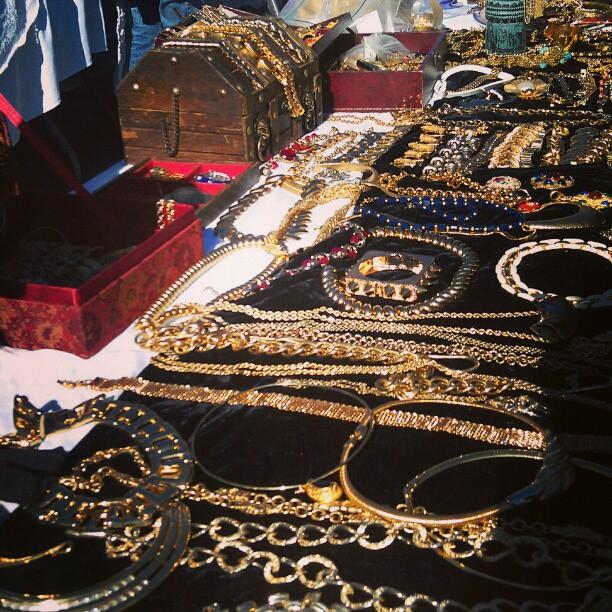 We love GOLD!!!! #Melrosetradingpost #fleamarket #jewelry #gold #SundayFunday #fashion