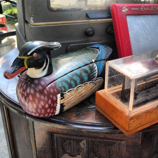 Duck Phone!! We thought these were an urban legend! #duck #phone #vintage #Melrosetradingpost #fleamarket #lastyle