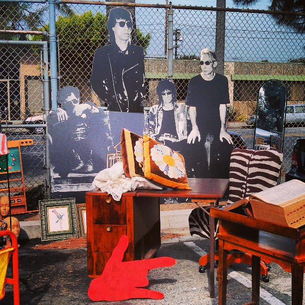 The Rolling Stones migrated to Y43 today. NBD #Melrosetradingpost #fleamarket #jagger #rollingstones #lastyle #rock