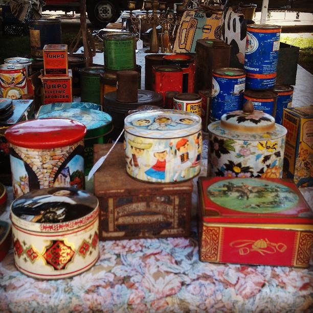 Vintage Tins!!#Melrosetradingpost #fleamarket #vintage
