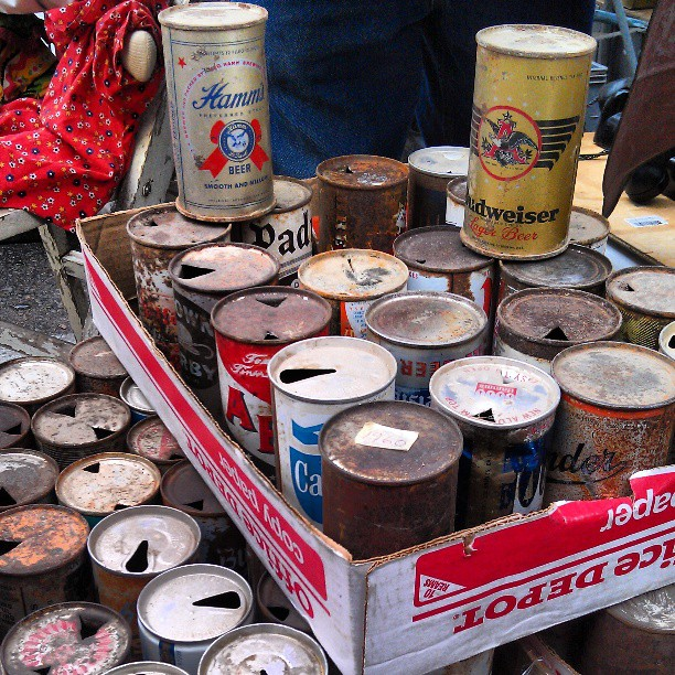 Antique (Empty) Beer Cans!#Melrosetradingpost #fleamarket #beer #antique