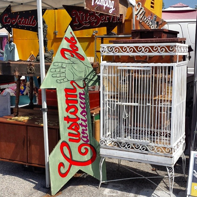 JC (Aka The Green Spider) brought this gorgeous birdcage, many hand-painted signs and several antique trunks today in B105. We love it! #MTPfairfax