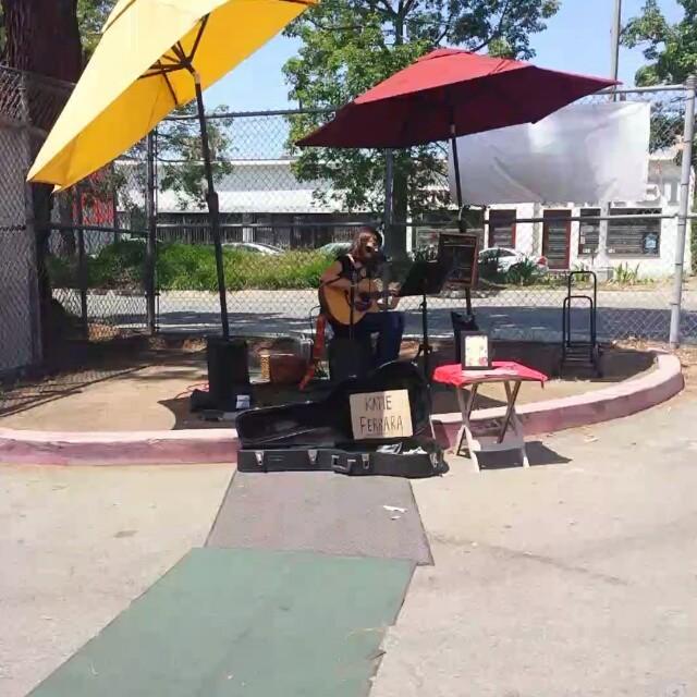 Katie Ferrara is rocking our corner stage! @katieferraramusic #MTPfairfax