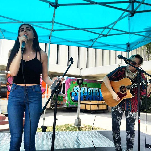 Johanna Chase and Anna are killing it on the Main Stage!  #MTPfairfax #LiveMusic #sundayfunday #johannachase