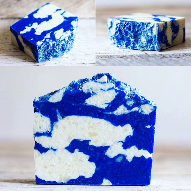 Good morning LA!The gorgeous blue sky is here and so is permanent vendors @notoxlife with their blue sky soap. #MTPfairfax #ShopLocal #NoToxLife #SundayFunday