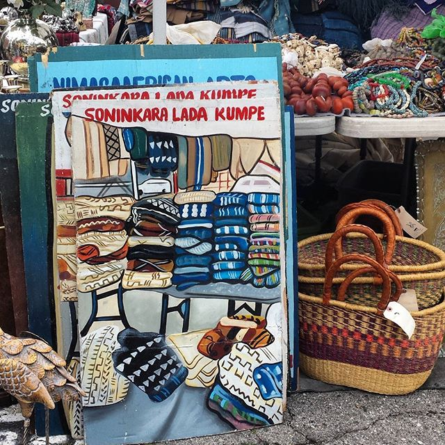 Long time vendor, Bully Nimaga commissioned an artist friend in Africa to paint these awesome market scenes!#MTPfairfax #MelroseTradingPost #Melrose #Fairfax #fleamarket #losangeles #california #sundayfunday #art #africanart #handpainted