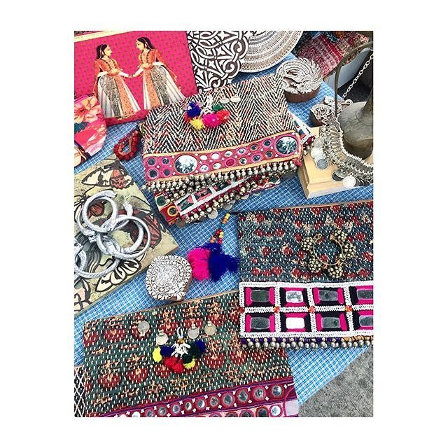 Beautiful vintage clutches & silver tribal jewelry  at @melrosetradingpost from Blue City Boho! : @blue.city.boho#MelroseTradingPost #bluecityboho #losangeles #california #sundayinla #mtpfairfax #melrose #Fairfax #fleamarket #SundayFunday