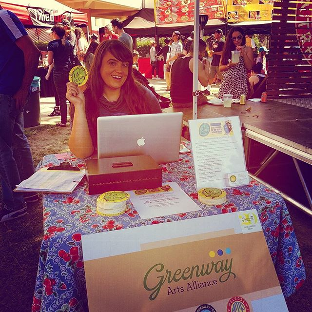 Tiffany from @greenwaycourttheatre is promoting LA Get Down Poetry festival in the green tent by the Main Stage!Come say Hi and find out all about the awesome annual poetry festival!#LAgetdown2017 #greenwayarts #Melrosetradingpost #Mtpfairfax #melrose #fairfax #fleamarket #losangeles #california #Sundayfunday #shoplocalla #sundayinla