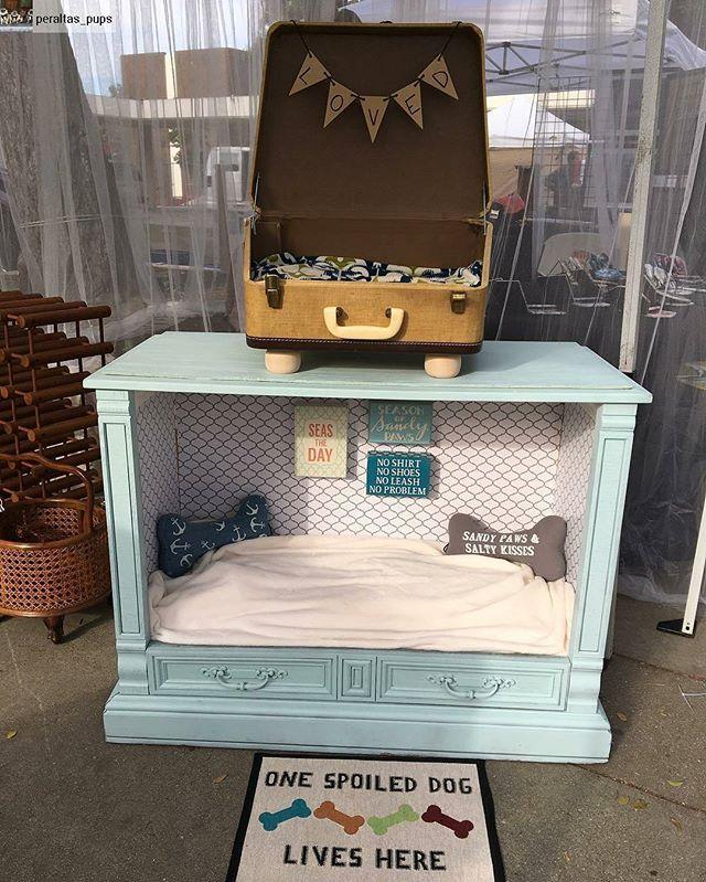 We love these handmade dog beds by @peraltas_pups!Repost: All set up at @melrosetradingpost! Come visit us! #dog #dogbed #vintage #vintagedog #repurposed #diy #fleamarket