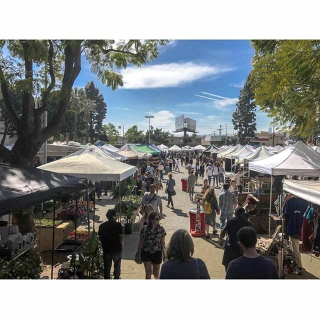 Thank you for sharing your Sunday with us.  We love your support of local artists, musicians, collectors and makers.  Your support makes our community and programs thrive, and for this, we love you. See you next Sunday!Photo by: @robinldn#melrosetradingpost #Mtpfairfax #GreenwayArts #melrose #fairfax #fleamarket #losangeles #california #Sundayfunday #shoplocalla #sundayinla #shoplocal