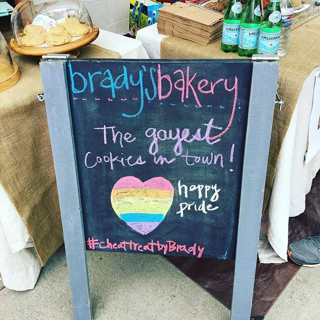 Happy Pride LA!! Shout our to everyone at the #ResistMarch and to everyone celebrating at the West Hollywood Pride Festival. Tell Brandy we say hi!!!.#Repost from @bradysbakery ... #resist march but don't #resist the urge for a f'n #cookie #gaypride #gay #bakery #baker #cheattreatbybrady 🏳️#lapride #wehopride #happypride #melrosetradingpost #Mtpfairfax #melrose #fairfax #fleamarket #losangeles #california #Sundayfunday #shoplocalla #sundayinla #shoplocal #brandynorwood #hibrandy