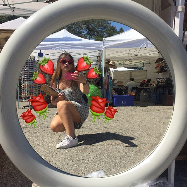 Hi everyone! My name is Marni and I'm the new Los Angeles County Arts Commission Marketing Intern for the Melrose Trading Post! I'll be out every Sunday taking photos for our social media, posting my MTP pick of the week, working on the MTP 20th anniversary Zine, and just a happy lil friendly face always willing to chit chat! I can't wait to get to know you all! PS I LOVE strawberries and flowers!#mtpfairfax #melrosetradingpost #melrosetradingpostfairfax #sundaysinla #sundayscenes #fleamarketstyle