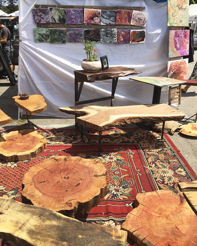 @earthmadedesigns looks AMAZING today!! 🌎🌳#fleamarketfinds #melrosetradingpost #mtpfairfax #earthmade