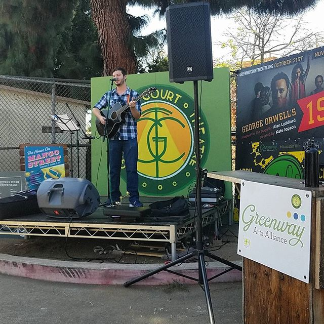Kurt Durlesser is on the Greenway Court Corner Stage NOW!!!! #Musicofmtp #livemusic #losangeles #california #Sundayfunday #melrosetradingpost