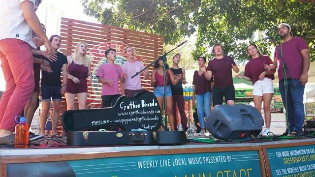 Did you hear these amazing vocals from the main stage? Thank you for coming @theclaremontshades Hope to see you again soon!! #Musicofmtp #melrosetradingpost #losangeles #california #fleamarket #a Cappella