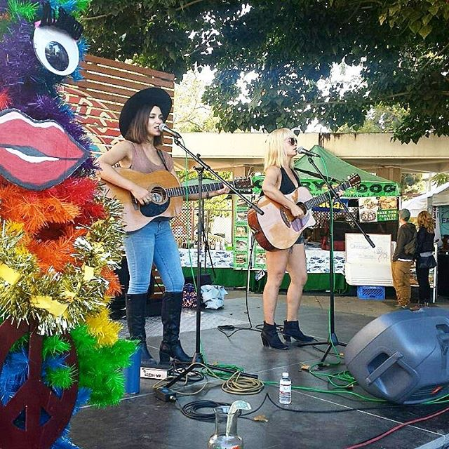 Pretty Polly, everyone! #melrosetradingpost #mtpfairfax #Melrose #fleamarket #losangeles #california #Sundayfunday #prettypollymusic #Musicofmtp