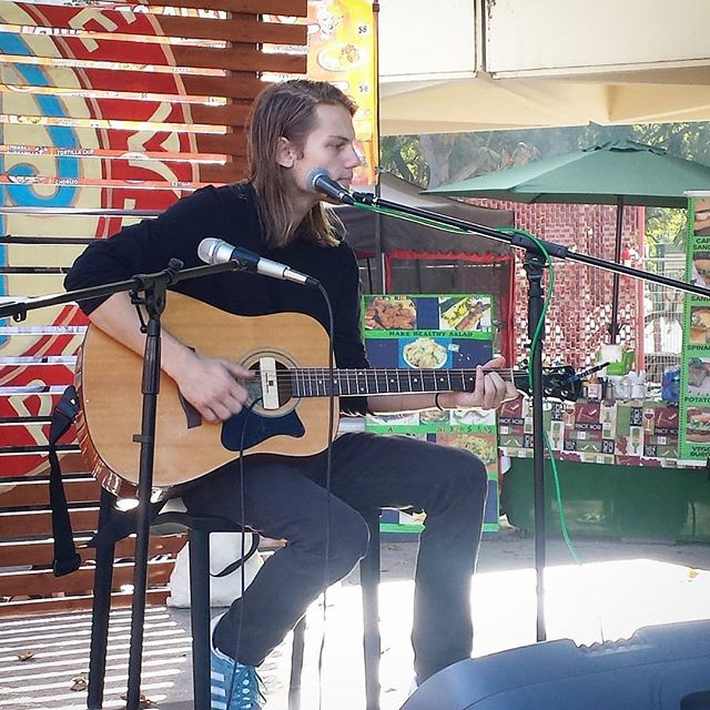 Good morning!! Josh Shirah is on the main stage from 10:30 to 12:15 so don't miss him out!@josh.shirah #Musicofmtp #melrosetradingpost #Mtpfairfax #fleamarketsunday #losangeles #california #Sundayfunday #fleamarket