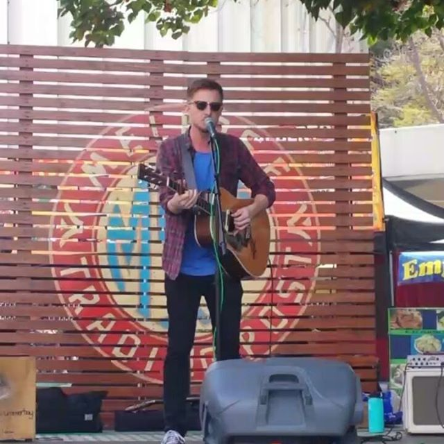 Chris Ayer is on the main stage right now having some fun :) Join in the fun!! #Musicofmtp #MelroseTradingPost #Melrose #fairfax #fleamarket #losangeles #california #Sundayfunday