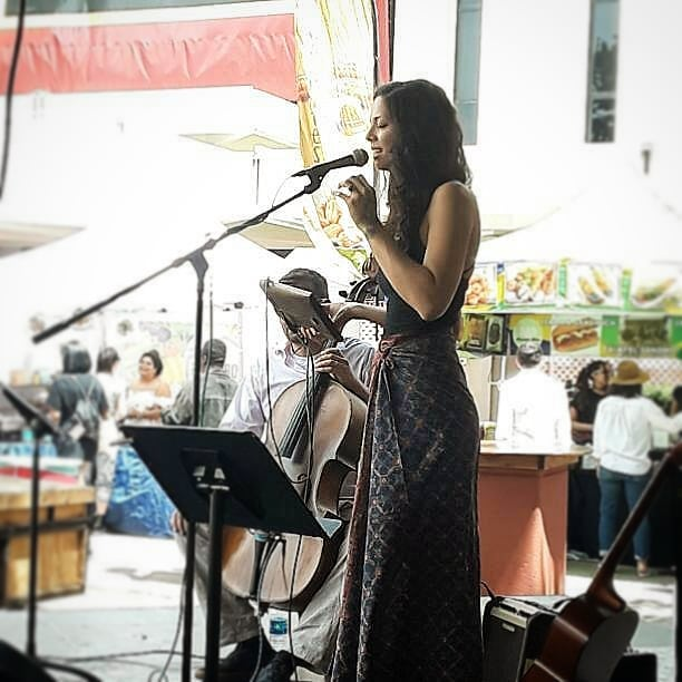@leannarachel is on the main stage right now!! Don't miss out on her amazing voice!! #Musicofmtp #MelroseTradingPost #Melrose #fairfax #fleamarket #losangeles #california #Sundayfunday #fleamarket