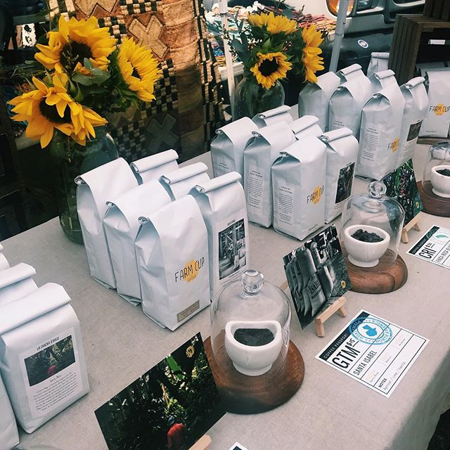 ATTENTION COFFEE LOVERS!! Be sure to check out Farm Cup's booth and bring home a bag of organic coffee sourced from all over the world! (PST! Head over to @farmcupcoffee insta and show their last post for a FREE bag!) ️ 🌎