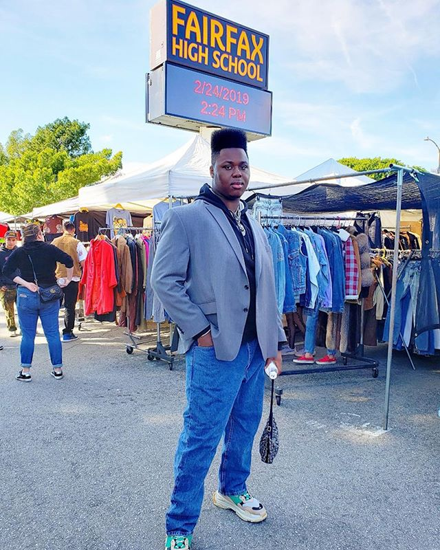 A little rain can't stop your shine... Credit: @pcakes526 #sundayfunday #losangeles #fashion #youtuber #denzeldion #style #viral #explore #shoplocal #rainorshine #lit #bethere #follow #glowing #sunshine #fun #market #tradingpost