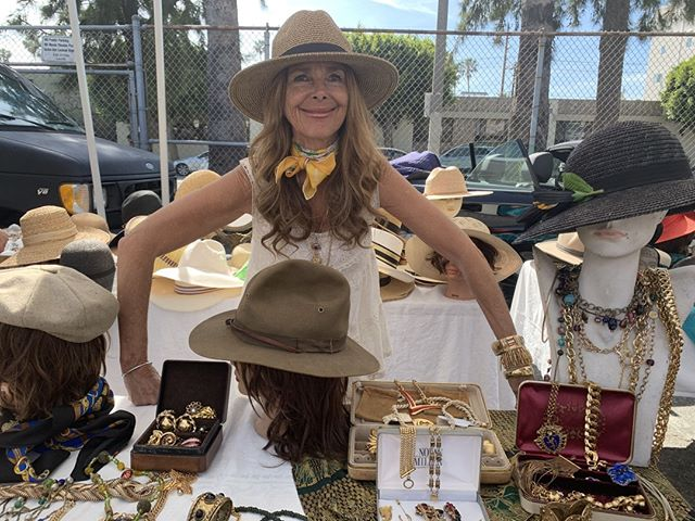Meet @sherrikagan who specializes in vintage jewelry, fabulous hats and other amazing pieces. You can find Sherri's booth here on Sundays in the Y-Section. ⠀⠀⠀⠀⠀⠀⠀⠀⠀⠀#jewelry #artist #fashion #style #vintage #viral #shoplocal #melrose #losangeles #explore #sundayfunday #bethere #letsgetit